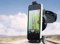 tomtom-Iphone-carkit-feat