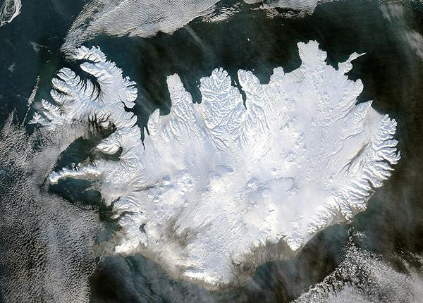 Satellite image of Iceland.  Source: NASA, 2004.