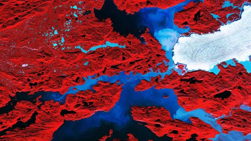 Nordenskiold Glacier, Greenland. Image modified Copernicus Sentinel data (2017), processed by ESA, CC BY-SA 3.0 IGO