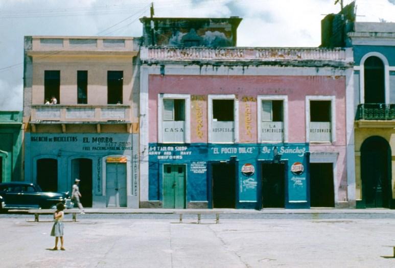 102 Calle San Sebastián, El Pocito Dulce (1954)