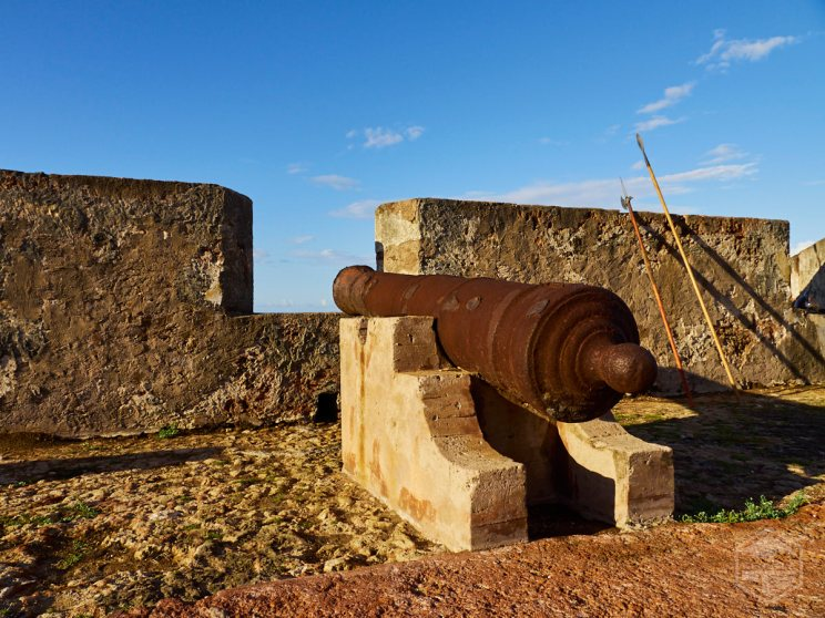 Vista de uno de los cañones del Fortín San Jerónimo.