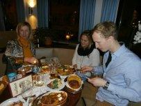Das deftige schwäbische Essen gibt genug Energie fürs Schleppen, Malen und Putzen