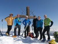 Gipfelfoto auf der Öfenspitze (v.l. Klaus, Matthias, Dietmar, Tim, Conny, Georg)