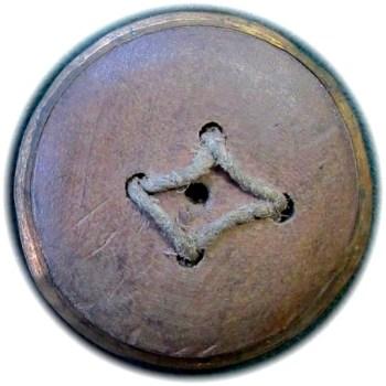 1775 General Button 27mm Floral Swirl No Border R