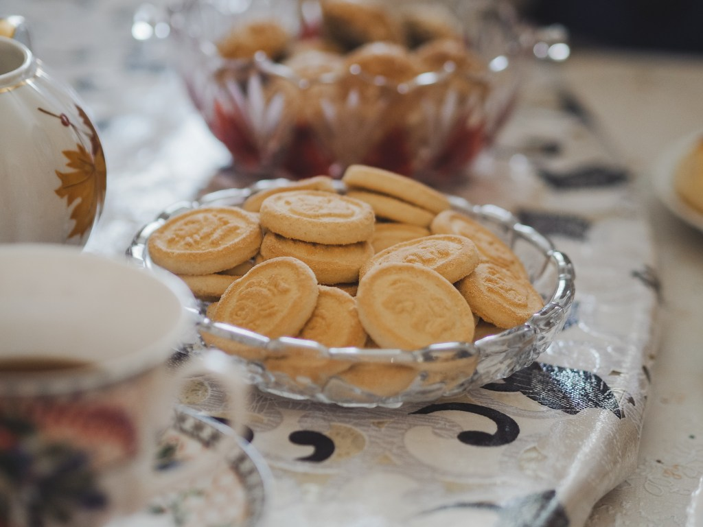 russian biscuits afternoon tea