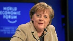 """Merkel: """"Vrede in Europa alleen mogelijk in samenwerking met Rusland"""""""