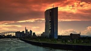 Voormalig centraal bankiers waarschuwen voor gevolgen ECB-beleid