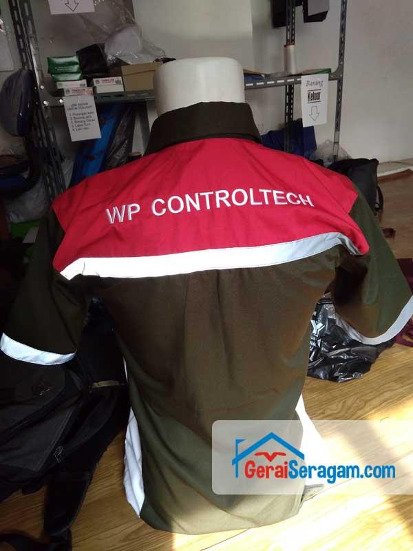 baju seragam kerja WP belakang