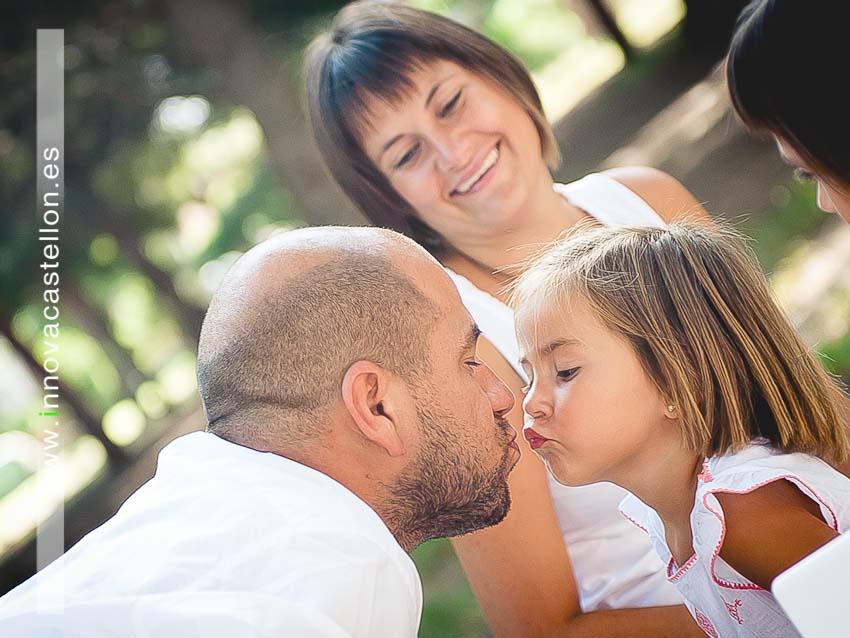 Sesión fotográfica de familia. Fotografía original, diferente (9)