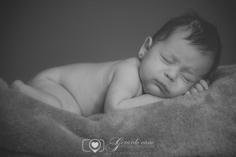 Fotos de bebés - reportaje de fotos recién nacidos - Sesión fotos bebe (3)