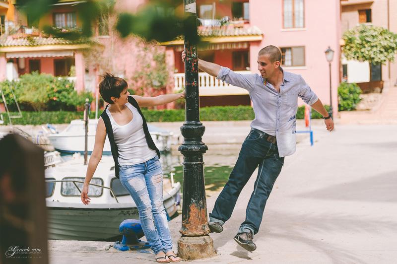 book de fotos de pareja Valencia - Port Saplaya (23)