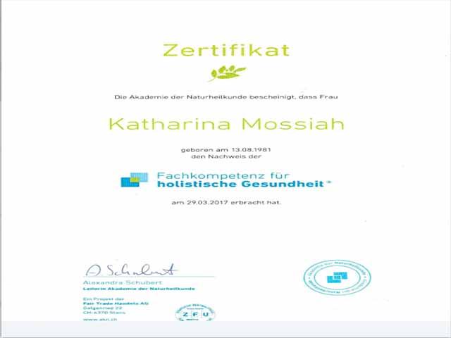 Dieses Zertifikat kann man für 1.800 € kaufen! Screenshot http://happy-vegan-mom.de/de/ernahrungsberatung/