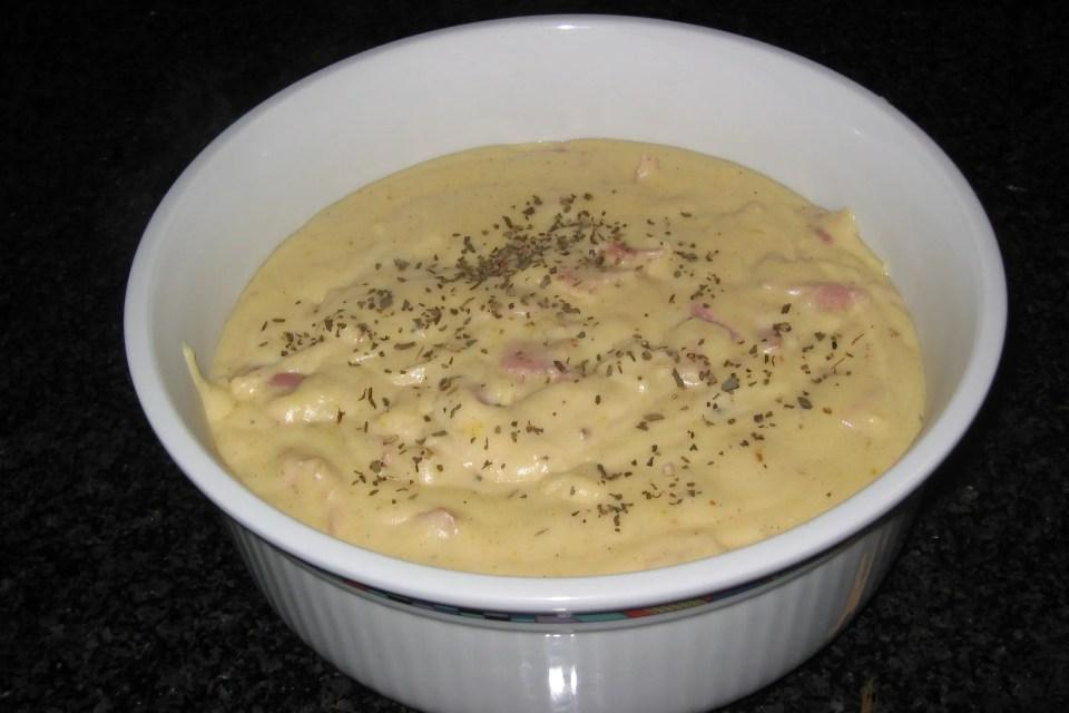 Pasta met ham en kaassaus