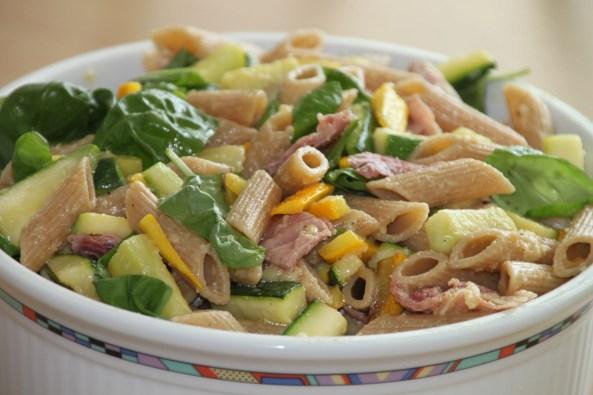 geel-groene courgette pasta