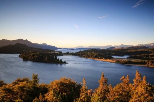 Panoramablick über die Seenlandschaft von San Carlos de Bariloche