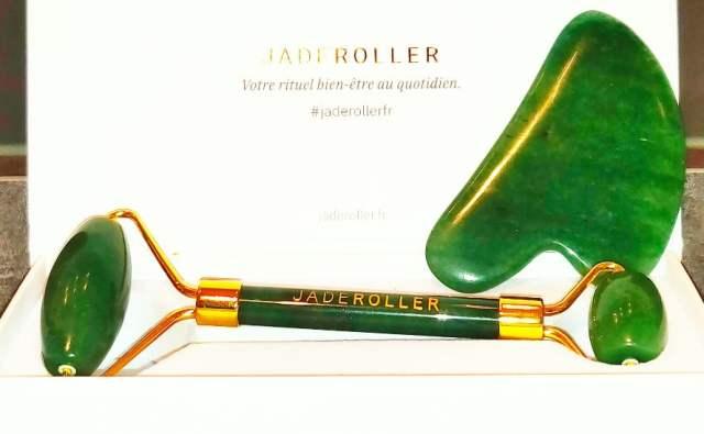 jade roller visage massage authentique pierre naturelle beauté