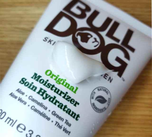 soin homme visage hydratant masculin bulldog