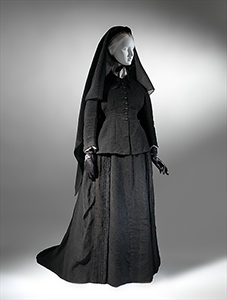 French funeral etiquette - French silk mourning dress