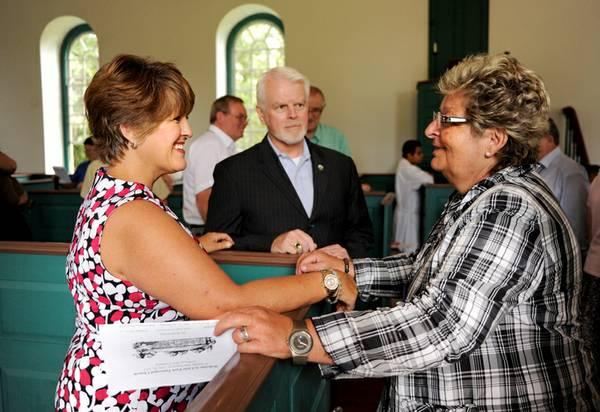 Spotsylvania resident and Germanna descendant Cheryl Fishback (left) greets Germanna descendent Jutta Plaschke. (Peter Cihelka/Free-Lance Star)