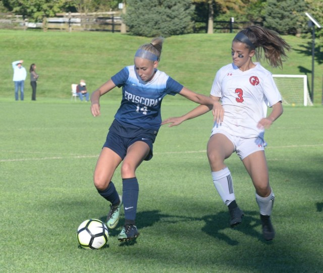 Girls Soccer Patriots Shutout Ea In Second Half Fall To Churchwomen
