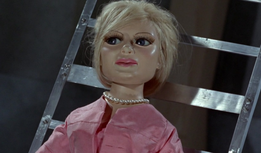 Top 5 Thunderbirds Episodes - The Perils of Penelope