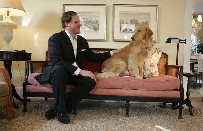 Ken Stuckenschneider and his Golden Retriever, Brooklyn. ©2009 Max Gersh | St. Louis Post-Dispatch