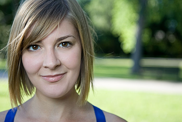 Sarah Price headshot in Tower Grove Park ©Max Gersh 2009