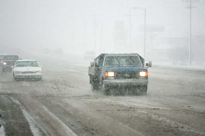 Driving conditions on Memorial Dr. (Ind. 3) during a snow storm. (C-T photo Max Gersh)