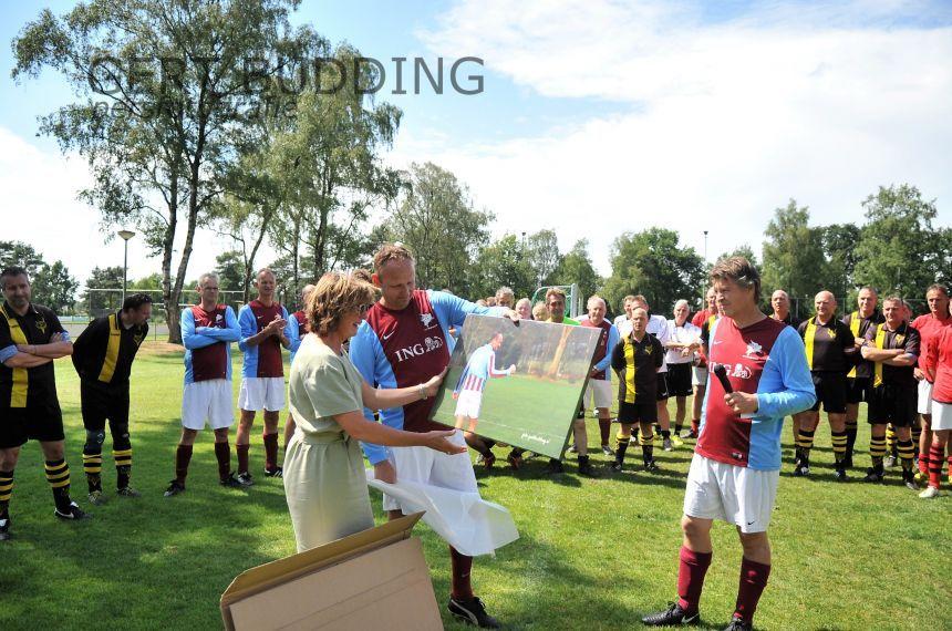 Indrukwekkende herdenkingswedstrijd Wim van den Born