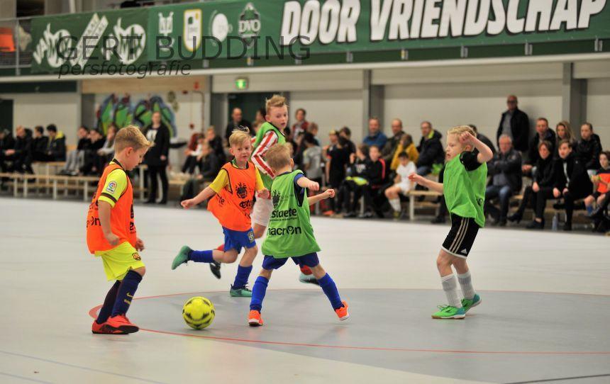 Ruin 700 jeugdleden van vvBennekom nemen deel aan Baggerman/Estaete zaaltoernooi