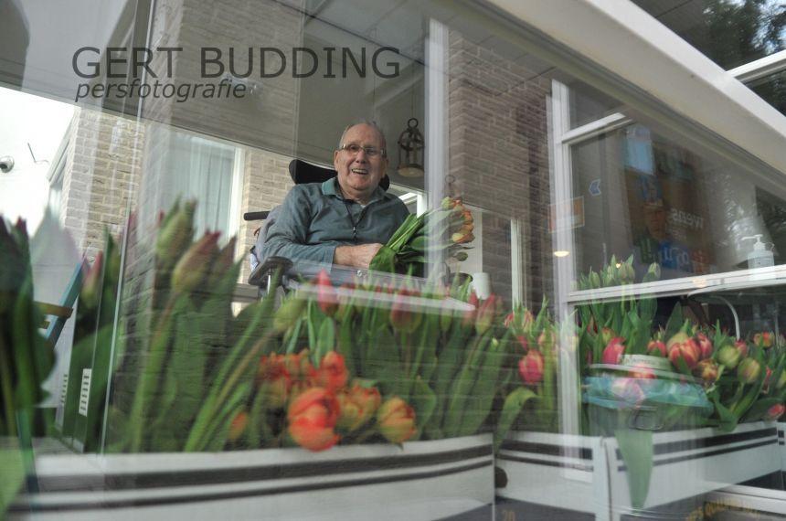 Dorpsplatform Renkum Heelsum bezorgt 220 bossen tulpen