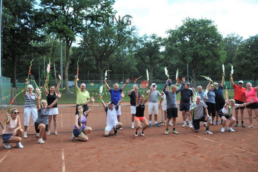 Grand opening clubhuis tennisvereniging Duno en prijsuitreiking 4-daags toernooi