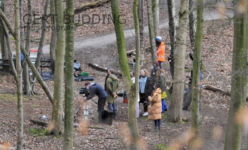Lemming Film maakt met omvangrijke crew opnamen voor jeugdserie in Doorwerthse bossen