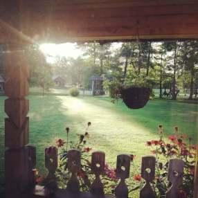 Etnokultūrinė sodyba Gervių giesmė. Rytas sodyboje
