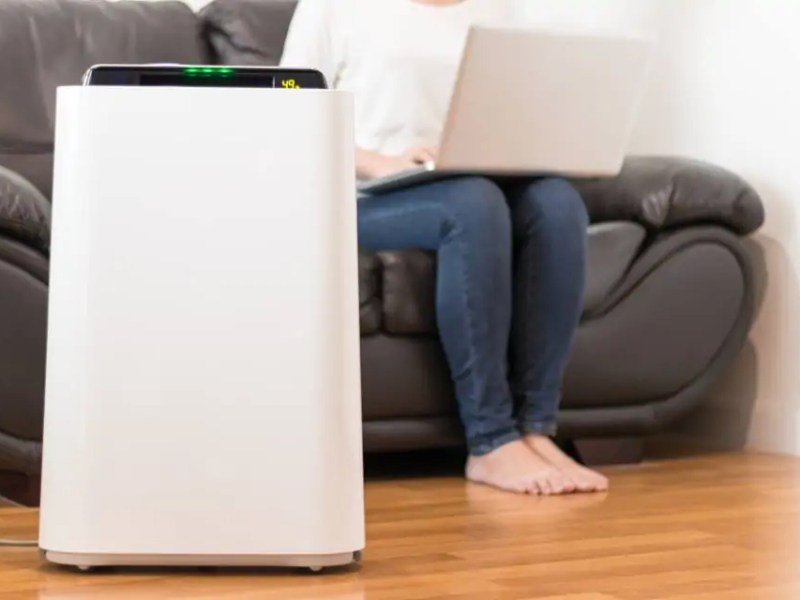 185d077d497f9 Top 10 Best Air Purifier For Smoke in 2019 (Excellent Performance)