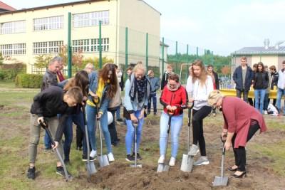 Gesamtschule Petershagen_Mit Spatenstich in Vorfreude auf den Neubau_September 2017_3
