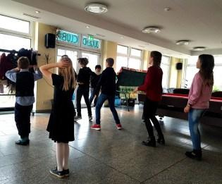 Gesamtschule Petersahgen_Service Learning_Tanzprogramm im Jedermann´s Café_1