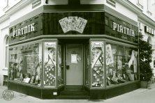 Wiener Spielkartenfabrik Ferd. Piatnik & Söhne: 1070 Wien, Kaiserstraße 56