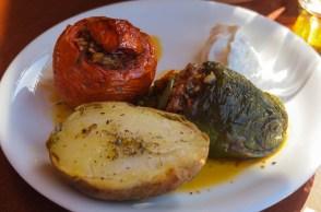 gefüllte Tomate bzw. Paprika