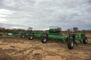 Patriot parallelogram farm machinery