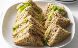 GD baby showers sandwich platter