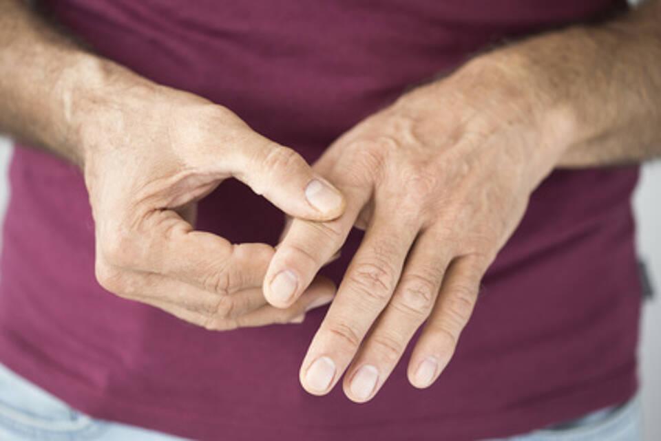 https www gesundheitsstadt berlin de ist fingerknacken ungesund 12671