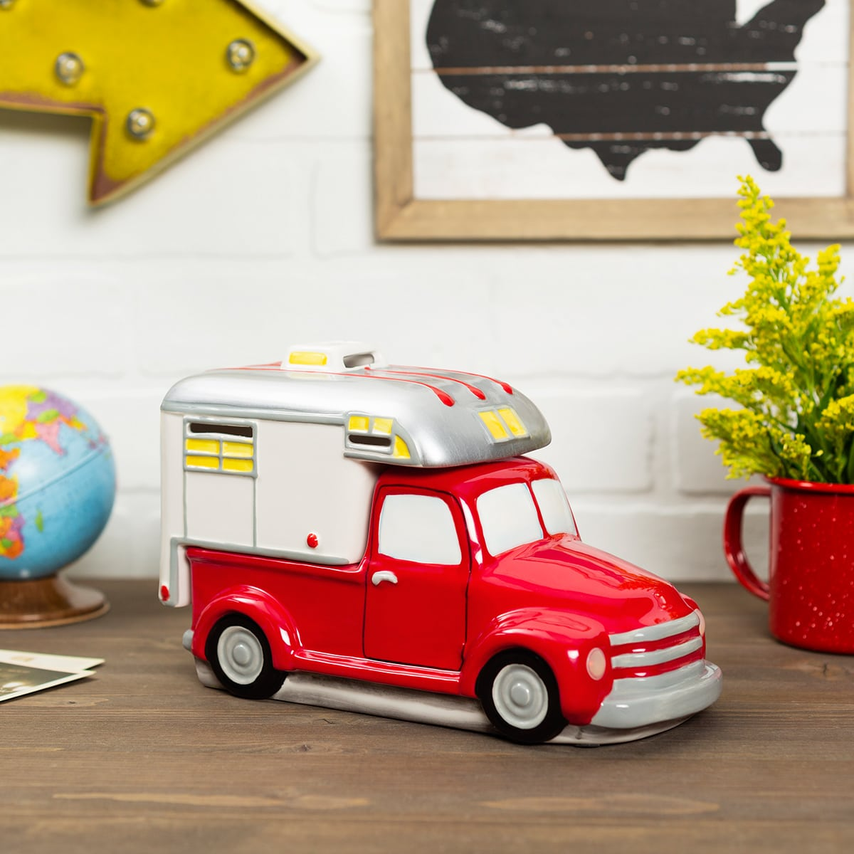 Check out the Scentsy Retro Truck Collection for sale now at getascent.com!