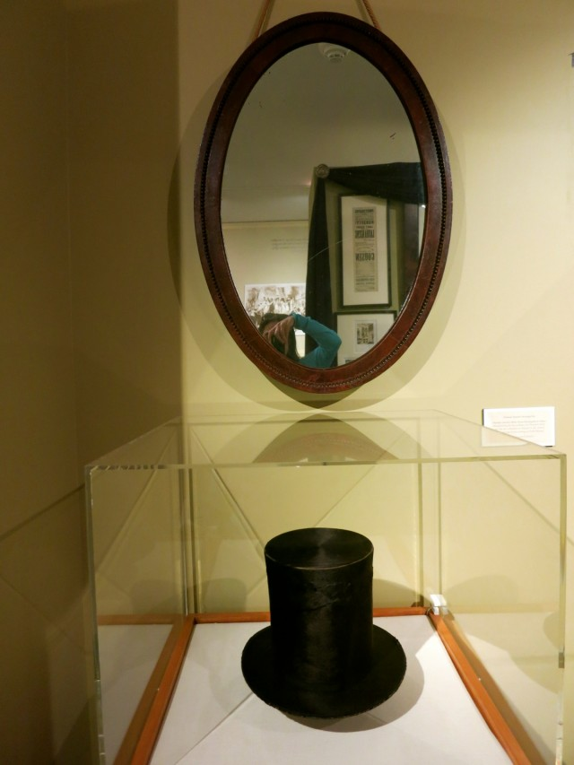 Lincoln Tophat and Mirror, Hildene