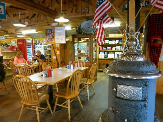 Waterwheel Breakfast and Gift Shop, Jefferson NH