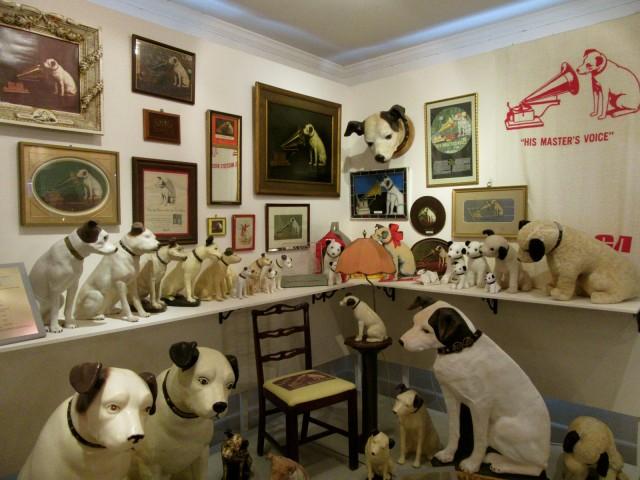 Nipper, RCA-Victor Dog, Dover DE