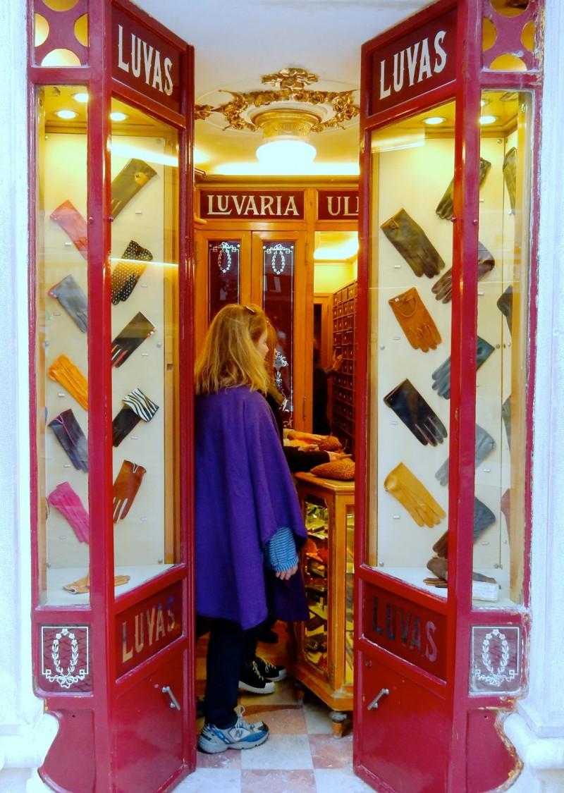 Luvaria Ulisses Glove Shop, Lisbon