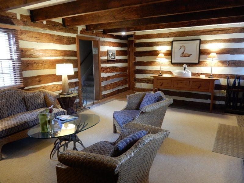 Lake Cottage living room, Airlie Resort VA