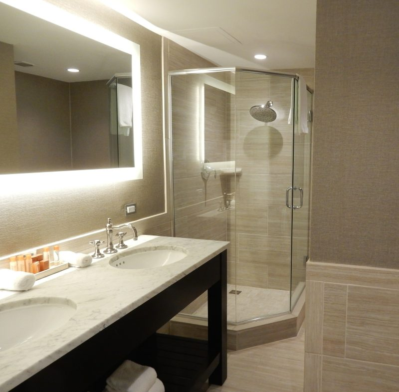 bathroom-tidewater-inn-easton-md