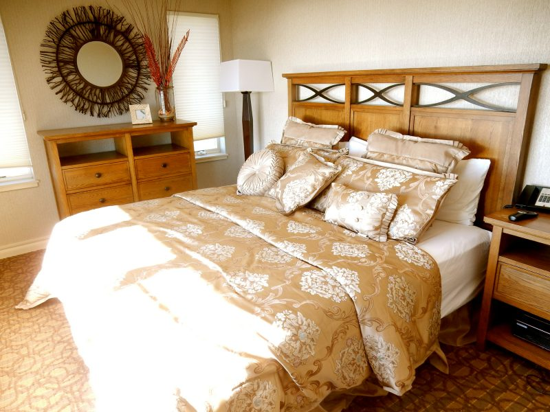 bedroom-meridean-suite-montreal-beach-resort-nj